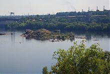 Дніпровський Дубовий острів в районі Хортиці