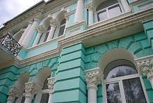 Фасад бывшего особняка купца Езрубильского