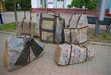 Памятник отдыхающим туристам в Бердянске