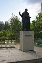 Памятник А.С. Пушкину в одноименном сквере Бердянска