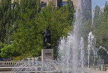 Монумент Пушкіну в однойменному сквері на головній вулиці Бердянська