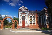 Краеведческий музей (бывшее здание банка) в Гуляйполе
