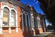 Здание бывшего банка (краеведческий музей) в Гуляйполе