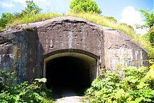 Пандусний підземний вхід в цитадель фортеці Тараканова