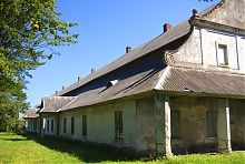 Західний фасад підгорецького заїжджого двору