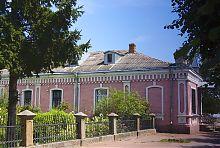 Здание бывшего приюта прихода святой Варвары в Бердичеве