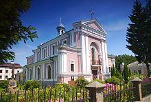 Западный фасад бердичевского храма святой Варвары