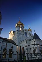 Средокрестием житомирського собору на честь Воздвиження чесного Хреста Господнього в Житомирі