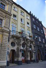 Каменица Убальдини на львовской площади Рынок №3