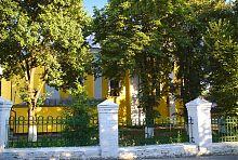 Северный фасад Свято-Покровского храма Луцка