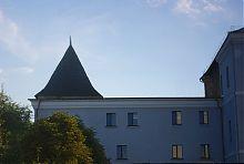 Юго-западный фасад иезуитского монастыря Луцка