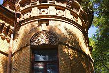 Лепной декор дворцовой башни Терещенко-Уваровой в Турчиновке
