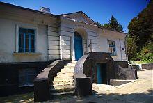 Левый (кухонный) флигель дворца в Верховнянском имении Ганских