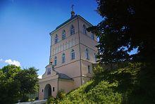 Надбрамна вежа дерманського жіночого монастиря Святої Трійці
