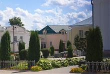 Внутрішній двір дерманської Троїцької обителі