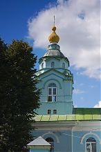 Дзвіниця колишнього василіанського костелу в Дермані