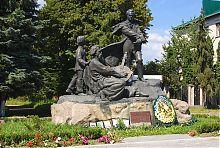 Дубенский памятник Кобзарю