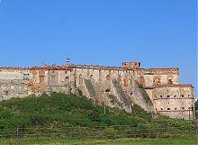 Південна стіна Меджибізького замку