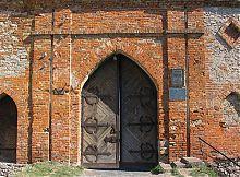 Главные ворота Меджибожского замка