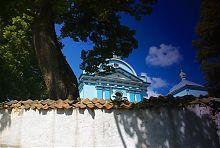 Оборонная стена комплекса Рождественского храма в Клевани