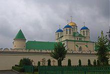 Західна стіна межиріцького Троїцького монастиря
