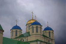 Куполи межиріцької Троїцької церкви