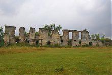 Руины дворца в Новомалине