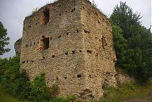 Западная башня Новомалинского замка