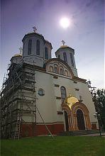 Центральний фасад Богоявленського храму