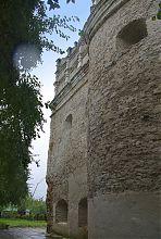 Північний фасад Луцькоъ брами в Острозі