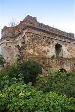Торцевая часть прямоугольного внутреннего объема Татарской башни Острога