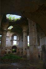 Внутрішній інтер'єр острозької синагоги
