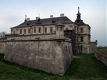 Крепостная стена Подгорецкого замка