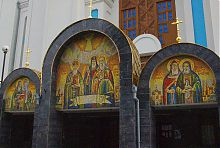 Мозаїкові панно нижнього храму на честь всіх святих землі волинської в Рівному
