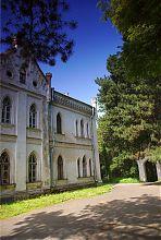 Північний фасад західного (старішого крила) палацу