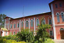 Центральний фасад Пархомівського палацу Харитоненко