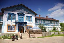 Ризаліт центрального фасаду пархомівського будинку Малевича