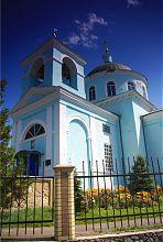 Західний фасад Нововодолазького храму Преображення Господнього