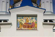 Мозаичное панно Успение Пресвятой Богородицы в Солоницевке