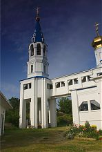 Колокольня солоницевской церкви Успения Пресвятой Богородицы