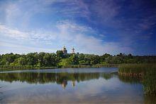 Николаевский храм на берегу Гиевского пруда в Люботине