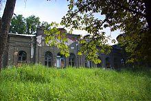 Прідворцовий паркова територія в люботинській Гиївці