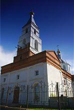 Ризалит центрального фасада люботинского Вознесенского храма
