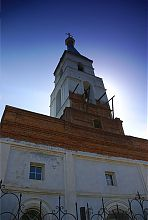 Центральний фасад храму Вознесіння в Люботині