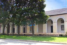 Північний фасад Кам'яних крамниць Чугуєва