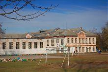 Південне крило будівлі ізюмського реального училища