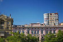 Харківська будівля по пр. Московському №17