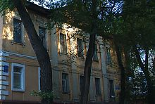 Центральный фасад по ул. Гоголя дома Васильева в Харькове