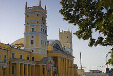 Южная башня харьковского пассажирского вокзала