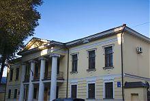 Центральный Дом усадьбы Сердюковых  в Харькове